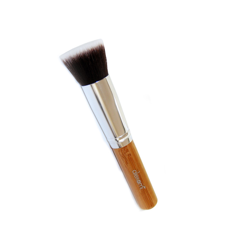 FLAT TOP BRUSH – BAMBOO HANDLE